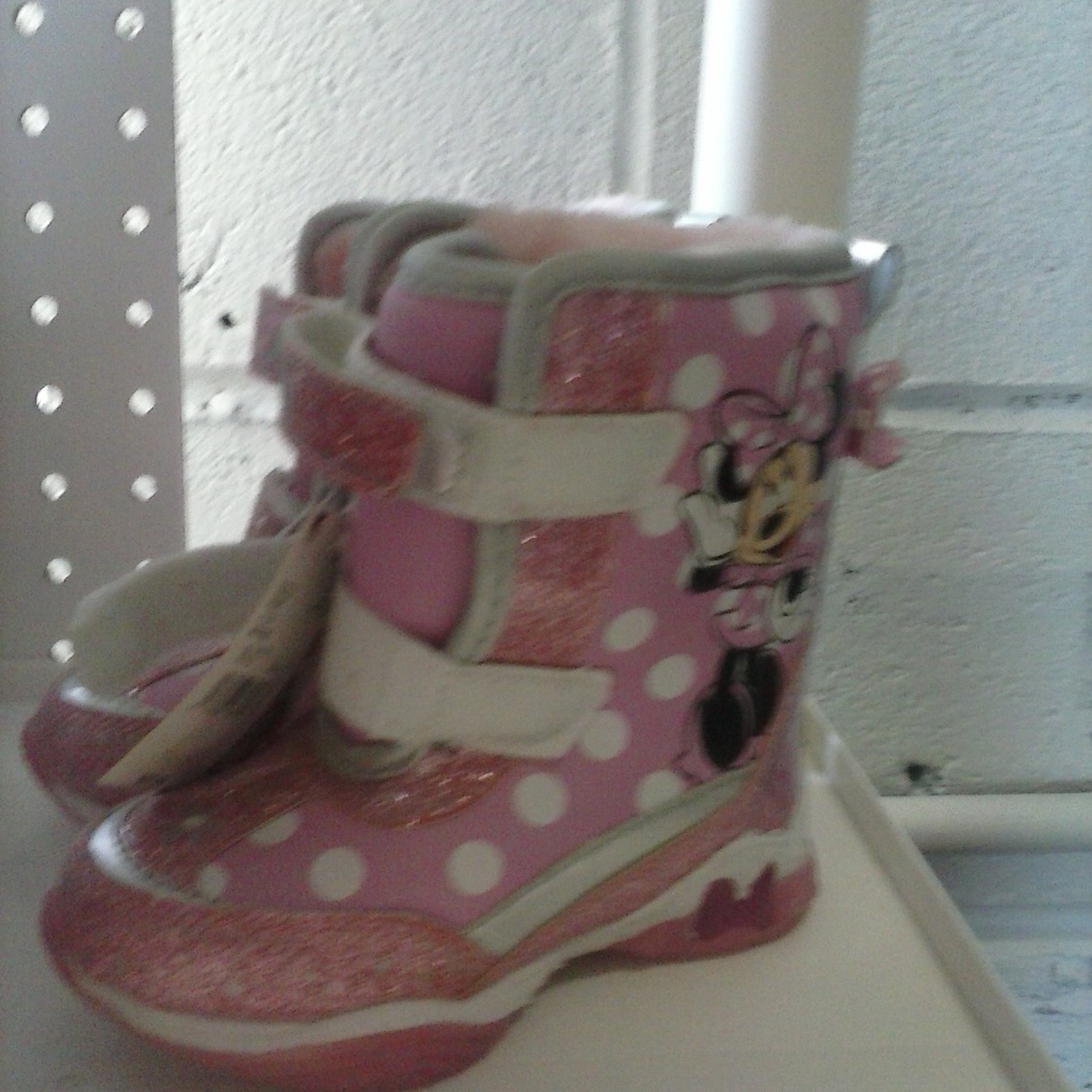 49eb964e3f6f Minnie Mouse Snow Boots Toddler Girl size 7